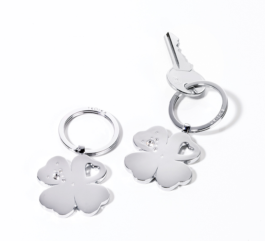 Troika Girls best friend keychain four-leaf clover